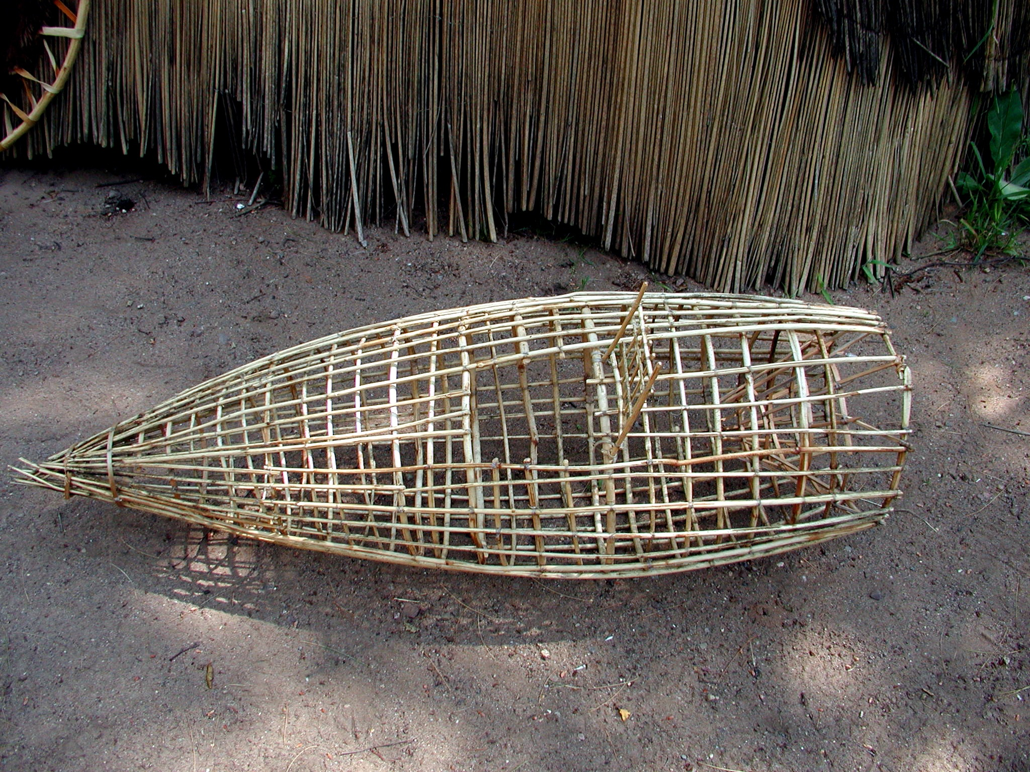 The ojibwe people 39 s dictionary for Fish trap net